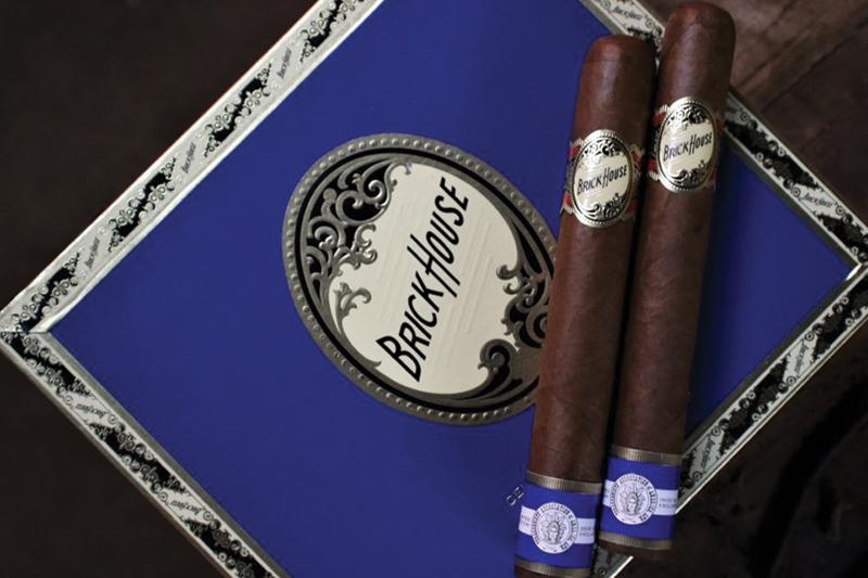 J.C. Newman Cigar Company Brick House Ciento por Ciento