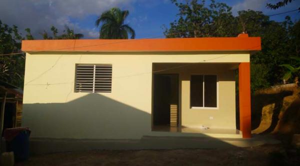 Procigar Provides Family In Need with New Home   Marilin Caba