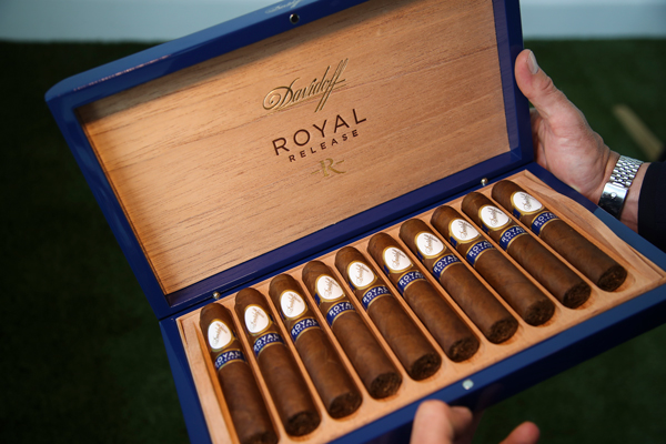 Davidoff Royal by Dirk Shadd   Tobacco Business Magazine